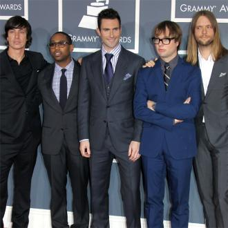 Maroon 5's label didn't want Moves Like Jagger