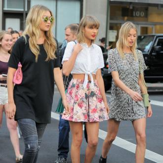 Taylor Swif Performs With 'Best Friends' Gigi Hadid And Martha Hunt
