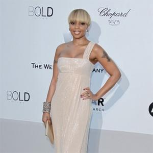 Mary J. Blige Overcomes Self-hatred