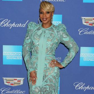Mary J. Blige: Hooped Earrings Make Me Feel Untouchable