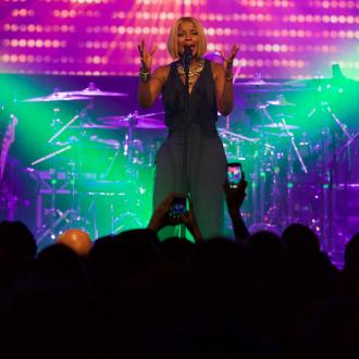 Mary J Blige performs in London for her 'biggest fans'