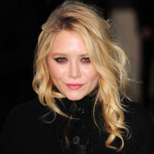 Mary-kate Olsen's Difficult Upbringing