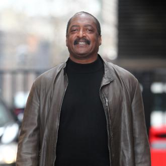 Mathew Knowles Teaches Students To Be Like Beyonce