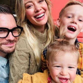 Hilary Duff's Daughter Eats Dirt