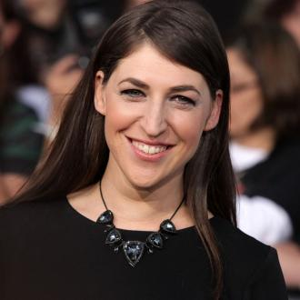 Mayim Bialik: Being single at Christmas is the worst