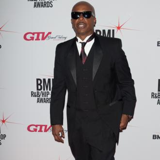 Mc Hammer Pays Tribute To Temptations' Dennis Edwards
