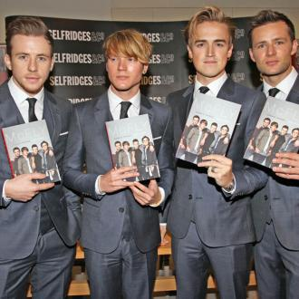McFly writing with Niall Horan