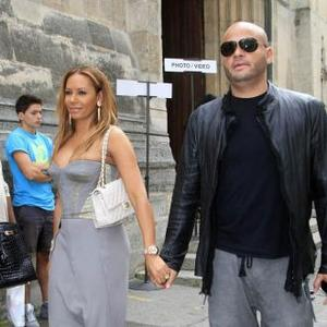 Mel B Wants To Move To Paris