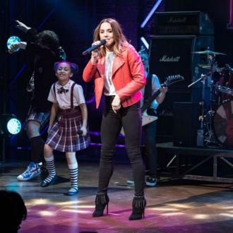 Mel C Surprises School Of Rock Audience
