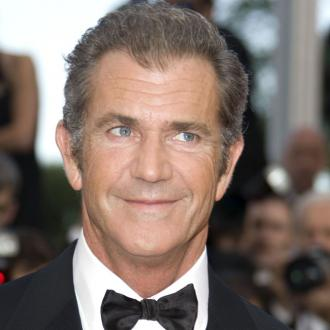 Mel Gibson Takes Children On Charity Date