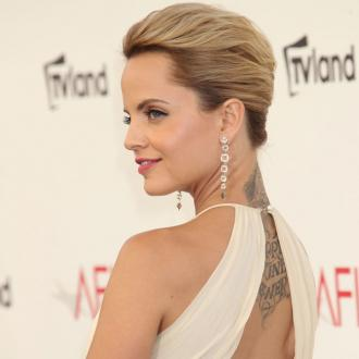 Mena Suvari Planning UK Move?
