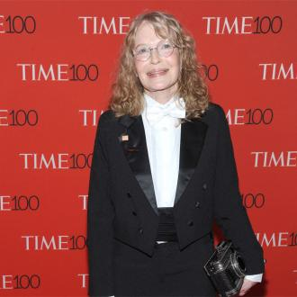 Mia Farrow doesn't care about Woody Allen