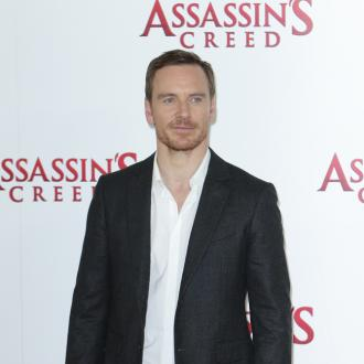 Michael Fassbender's grunts in the gym