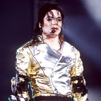 Jackie Jackson weeps over hologram