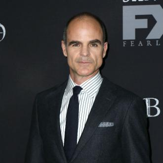 Michael Kelly finds House of Cards strange without Kevin Spacey