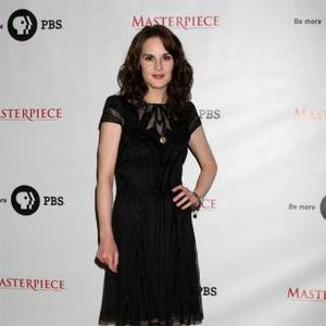 Michelle Dockery: Downton Period Costumes Are 'Falling To Pieces'