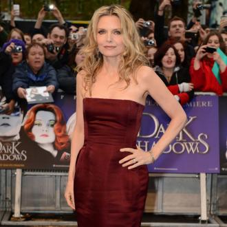 Michelle Pfeiffer: Minor Plastic Surgery Is Ok