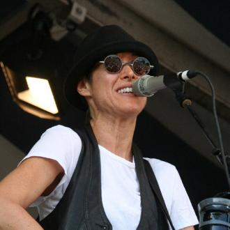 Michelle Shocked Has Shows Cancelled After On-stage Rant