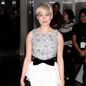 Michelle Williams Struggled With Desert Heat