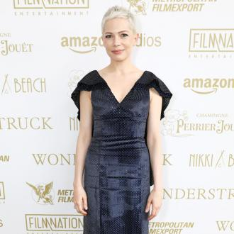 Michelle Williams has 'regular clean-ups' to grow out pixie cut