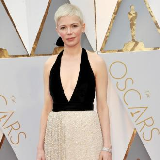Michelle Williams' Oscars dress took 800 hours to make