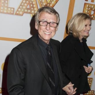 The Graduate director Mike Nichols dies
