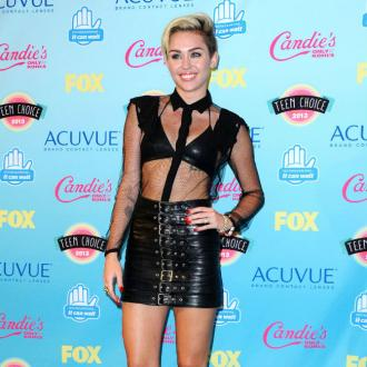 Miley Cyrus Quits Smoking Drugs