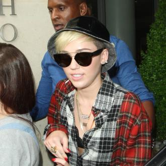 Miley Cyrus Hides After Date
