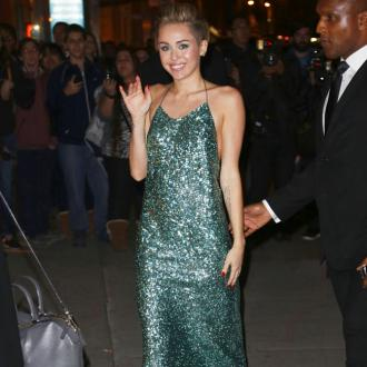 Miley Cyrus Plans 'No-holds-barred' Birthday Bash