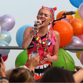 Miley Cyrus Says She's A Good Role Model