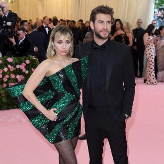Miley Cyrus records new tracks about Liam Hemsworth relationship