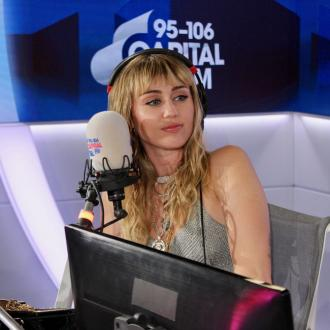 Miley Cyrus enjoys getting searched by airport security