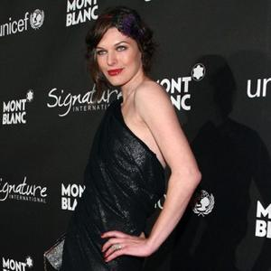 Milla Jovovich Puts Daughter First