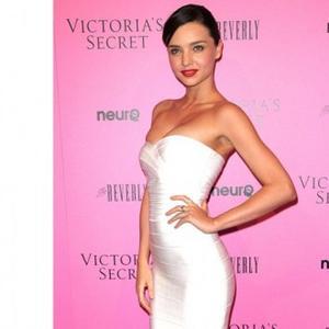 Miranda Kerr 'Crazy' To Have Drug-free Birth