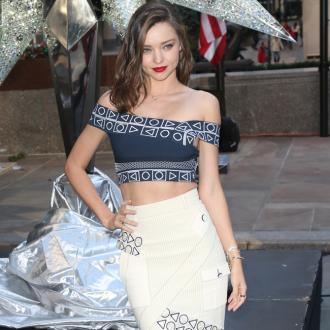 Miranda Kerr gives birth