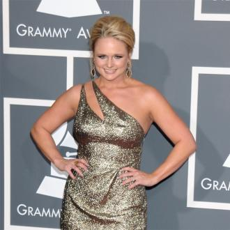 Miranda Lambert Helps Animals Injured In The Oklahoma Tornado