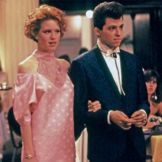 Molly Ringwald on the hunt for Pretty In Pink prom dress