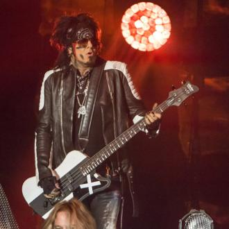 Motley Crue given cocaine-filled silver straws