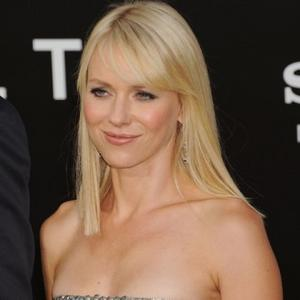 Naomi Watts Happy To Be Older Mother