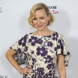 Naomi Watts Dreams Of Australian Christmas