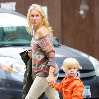 Naomi Watts To Celebrate Globe Nomination With Birthday Cake