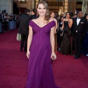Natalie Portman Praises Fiance At Oscars