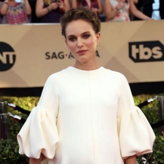 Natalie Portman would feel silly acting off set
