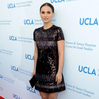Natalie Portman to narrate Dolphin Reef