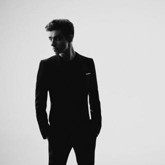 Nathan Sykes premieres new track