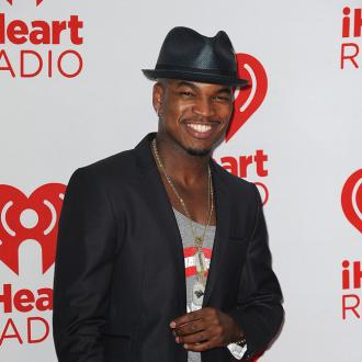 Ne-Yo gets distracted by his songs in the bedroom