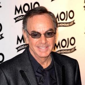 Neil Diamond Gets Engaged