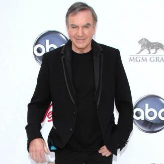 Neil Diamond diagnosed with Parkinson's disease
