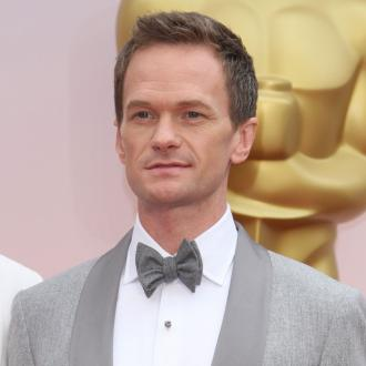 Neil Patrick Harris hosts in underwear