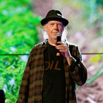 Neil Young gives Crazy Horse album update